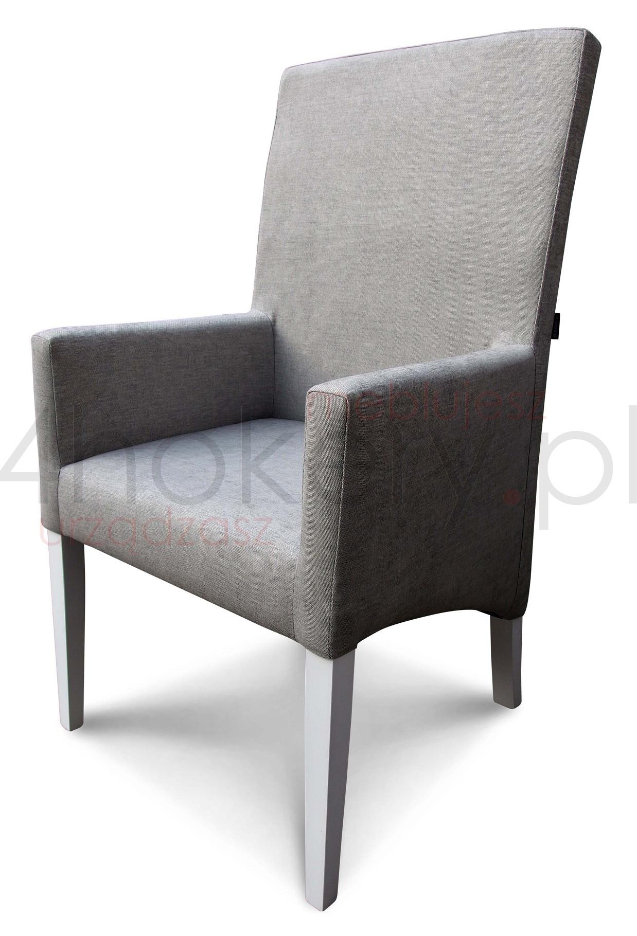 Skośny fotel konferencyjny z podłokietnikami.