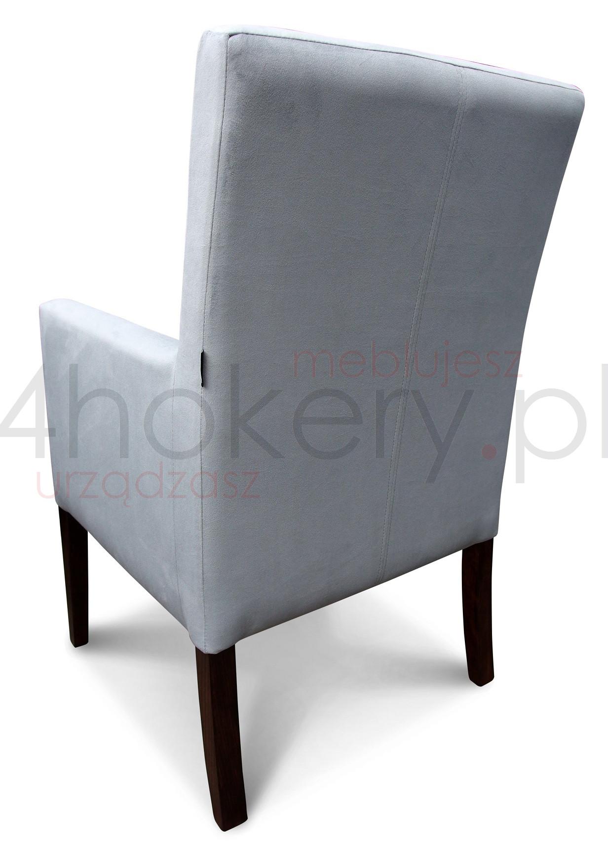gruby-fotel-konferencyjny-pikowny-guzikami