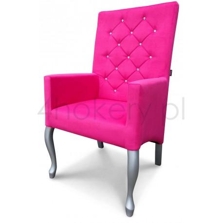 Krzesło / Fotel Ludwik z podłokietnikami z oparciem pikowanym w karo + kryształki, profil skośny.