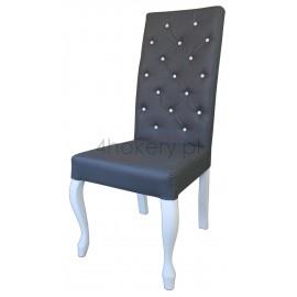 Eko-soft - krzesło Ludwik z oparciem pikowanym w karo z białymi guzikami o wysokości 108cm od ziemi.