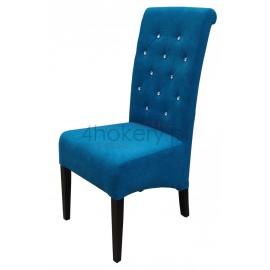 Aston - krzesło grube, skośne z wałkiem w oparciu pikowanym w karo z kryształkami o wysokości 108cm od ziemi.
