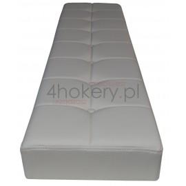 Zara - siedzisko standardowe, kanciaste ze stebnówką, przeszywane w kwadraty pikowane guzikami. Grubość 7cm.